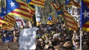 İspanya, Katalonya krizi ve siyasi belirsizlikten çıkışı sandıkta arıyor