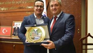 Kıpçak Belediye Başkanı Oleg Garizan'dan dostluk ziyareti