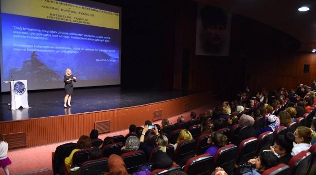 Seyhan'dan Anne-Babalar için Konferans