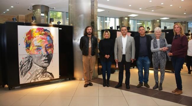 Torbalı Belediyesinin ev sahipliği yaptığı 7. Eski Ev-Yeni Sanat Plastik Sanatlar Sempozyumu, BKM'de düzenlendi.