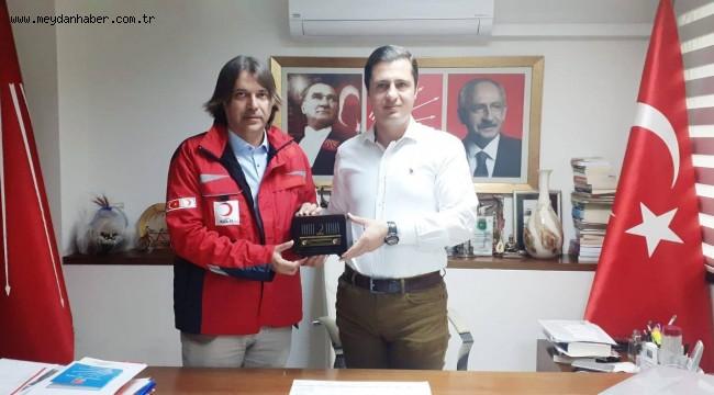 Türk Kızılayı Konak Şubesi'nden siyasi partilere ziyaret