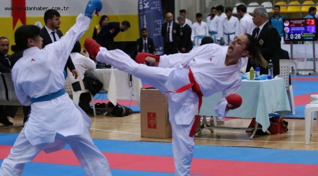 Kağıtspor karatede Türkiye Şampiyonu