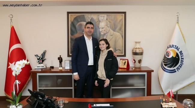Sanat Akademisi'nin Genç Yeteneğinden Başkan Gökhan Yüksel'e Ziyaret