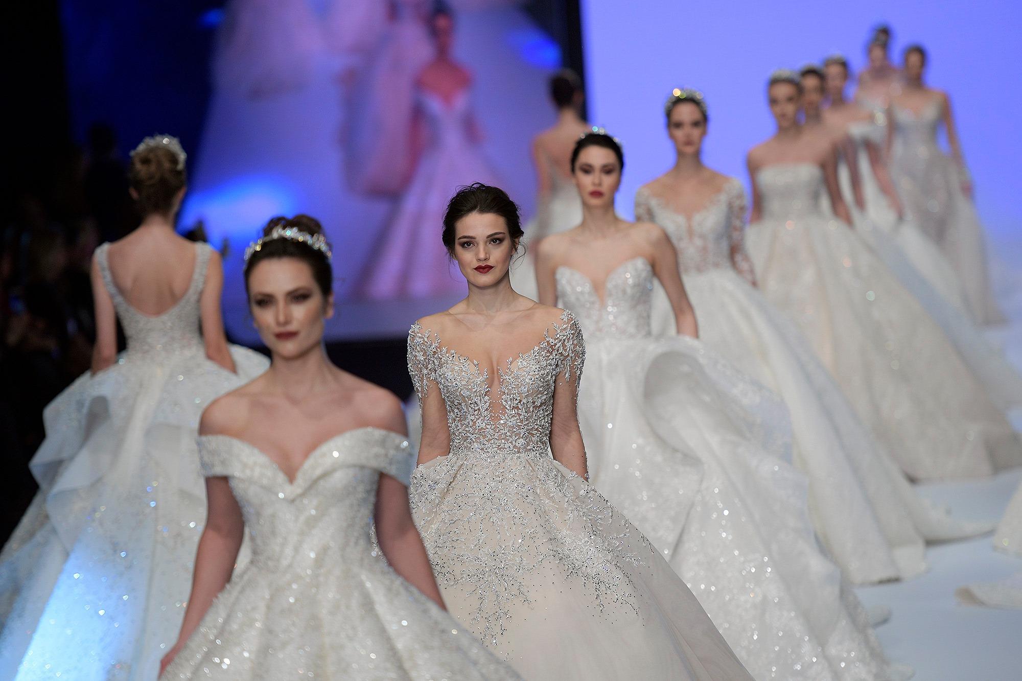 if wedding fashion izmir 2020 ile ilgili görsel sonucu
