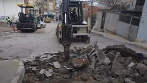 Konak'ın sokaklarında asfalt seferberliği