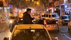 Başkan Kılıç'tan gece mesaisi: Araca bindi sokakları ilaçladı