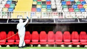 Bornova Stadı maçlara hazır