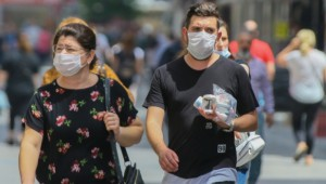 Yanlış maske kullanımı cilt hastalıklarına yol açabilir