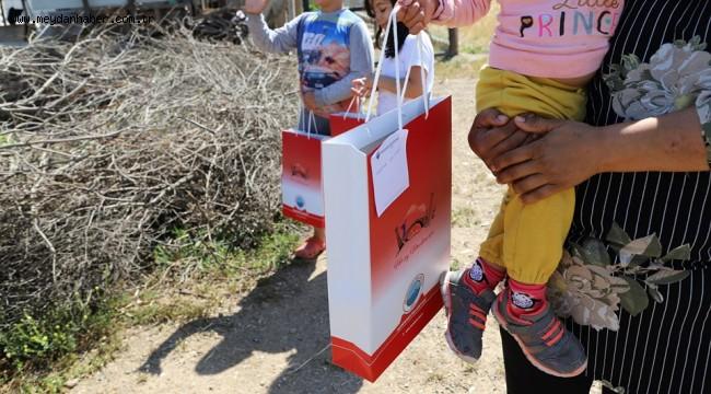 Çocukların Bayramlıkları Menderes Belediyesi'nden