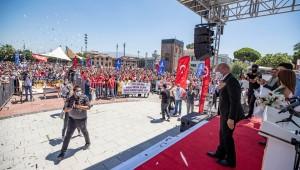 İzmir'de KHK'lı işçiler sosyal haklarına kavuşuyor