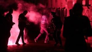 Almanya'da Polisle Göstericiler Arasında Arbede