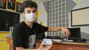 Ordu'da 'ateş ölçerli öğrenci kimlik kartı' tasarlandı