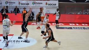 Aliağa Petkimspor, Evinde Beşiktaş'ı Mağlup Etti