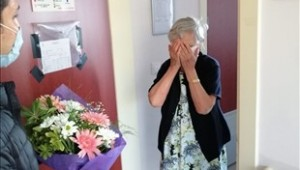 Başkan Soyer'den Öğretmenler Günü çiçeği