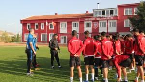 Nevşehir Belediyespor iki günlük iznin ardından tekrar topbaşı yaptı