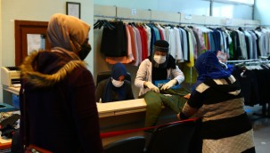 Bağcılar Belediyesi'nden bin 500 aileye kışlık giyim desteği