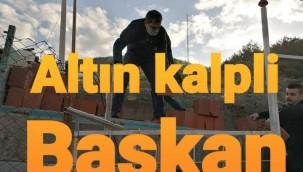 ALTIN KALPLİ BAŞKAN