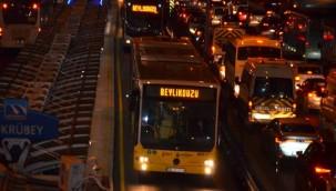 İstanbul'daki metrobüslerde kod uygulaması kaldırıldı