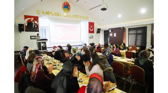 Çankırı Belediyesinden Kadın Personellerine Özel Kahvaltı