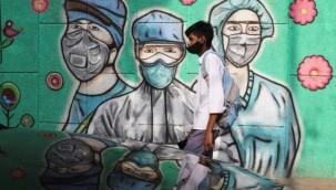 Hindistan'da 'Çift mutant' COVID-19 varyantı bulundu