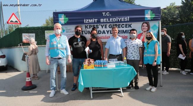 İzmit Belediyesi, KPSS'de adayların yanında oldu