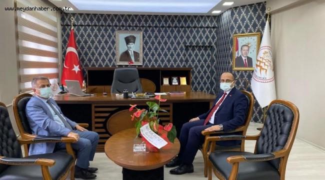 Ahmetli Belediye Başkanı Ahmet Alhan'dan Kaymakam Abdullah Kurt'a Hayırlı Olsun Ziyareti