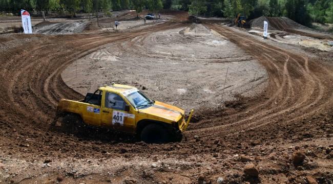 Off-Road Fethiye yarışları nefesleri kesti